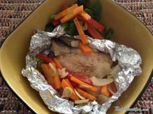 Filetes de solha em papelote com palitos de batata – doce – 290 kcal