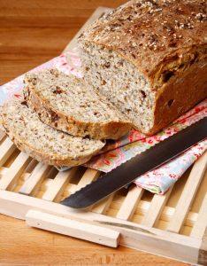 Pão de Sementes e Tâmaras Medjool